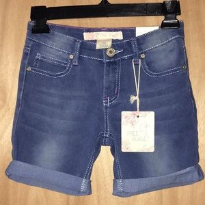 Other - NWT. Free planet girl's size 10 Shorts.